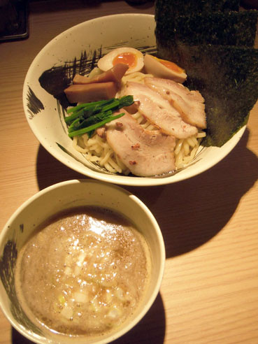 20121224michishirubetokutsuke