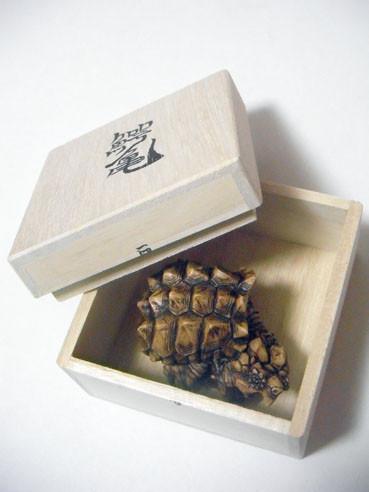 20130328netsuke01box